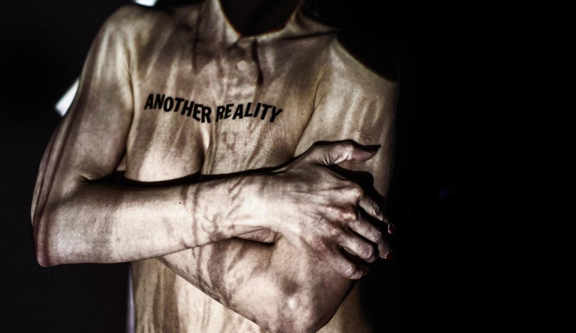 Nuogi ar apsirengę: apie drabužio ir kūno santykį